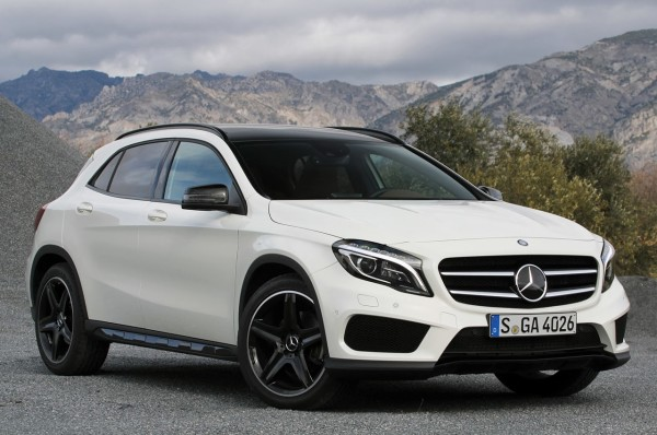 2015-Mercedes-GLA-250-High-Resolution-Wallpapers